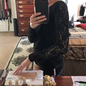 Elle Sexy Lace Long Sleeve 🖤